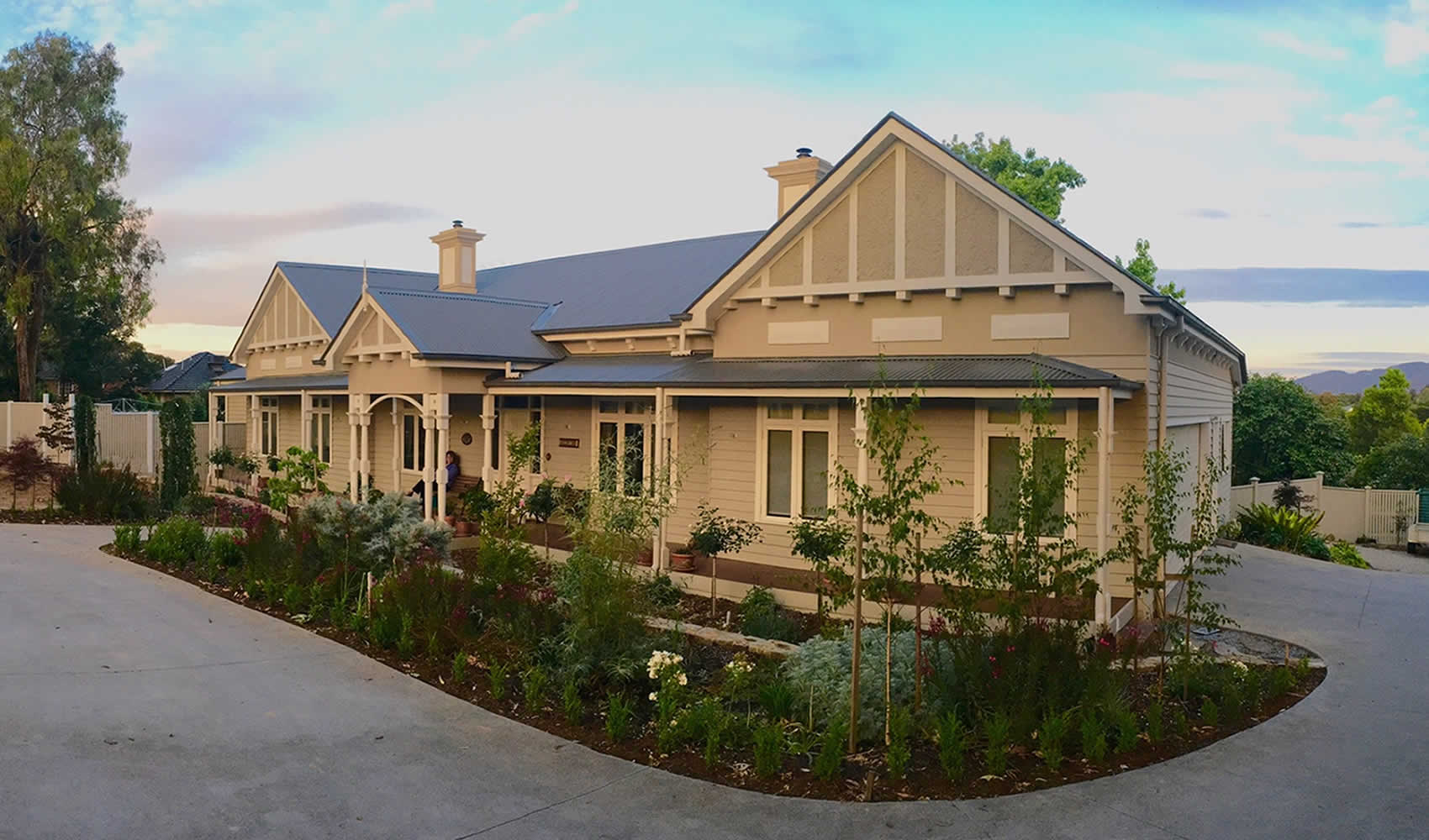 Period home designs melbourne home review co for Home builder contractors